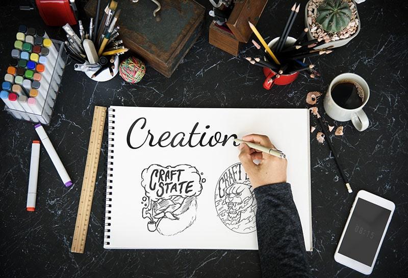 aprende a ser diseñador freelance viajando