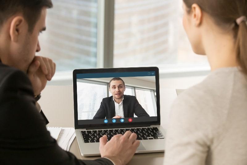 como-vender-servicios-digitales-con-consultorías