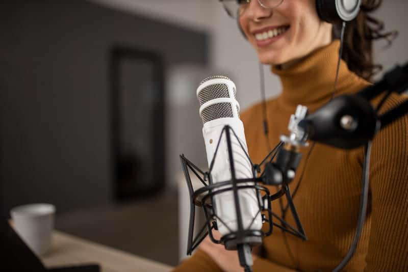 Los podcast son un tipo de infoproducto con mucho auge.